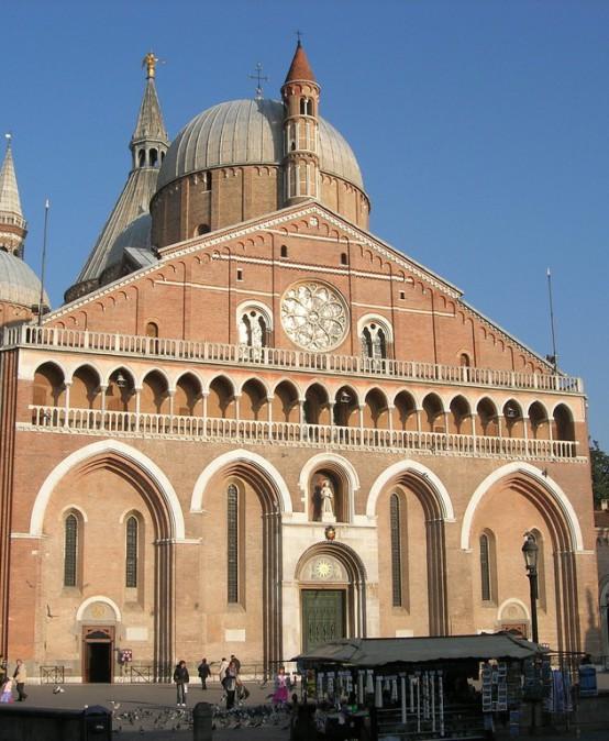 Basilica di Sant'Antonio e alla Scoletta del Santo – Visita Guidata
